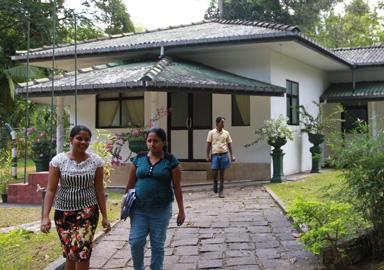 Bau eines Gemeinde- /Versammlungszentrums für Plantagenarbeiter