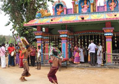 Renovierung und Bau von Tempel i den Ansiedlungen der Zapferfamilien